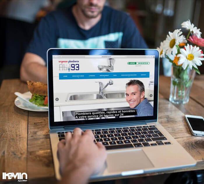 Site internet Plombier93 réalisé par Kevin de Sousa